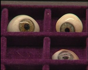 Südthüringer Regionalfernsehen: Augenprothesen aus Lauscha