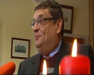 Daniel Jurkurwski im Gespräch mit dem Apoldaer Bürgermeister Rüdiger Eisenbrand