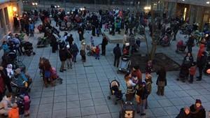 Demo für den Erhalt des beitragsfreien Kitajahres