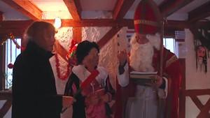 Ein bunter Advent auf der Burg mit »Sinterklaas und Zwarte Piet«