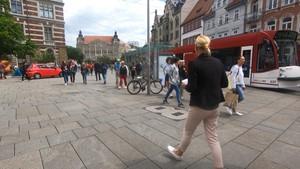 Debatte um Maskenpflicht in den Ländern Teil 2 - Anja unterwegs in Erfurt