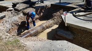 Hauptleitung in Weimar-Nord bei Bauarbeiten schwer beschädigt / Versorgungsausfall für ca. 80 Minuten