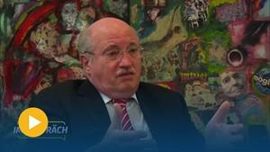 »Je kleiner der Bürger, desto härter trifft es ihn« - IM GESPRÄCH mit Dieter Bauhaus, Vorstandsvorsitzender Sparkasse Mittelthüringen