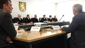 Prozessauftakt in Weimar: NPD gegen Bodo Ramelow