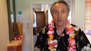 Hawaiianischer Barock: Hawaiianisches Frühstücksfernsehen mit Prof. Micky Remann