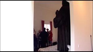 Auch Luther hüpfte mal auf Betten herum ... vielleicht